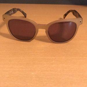 Raen esquire sunglasses